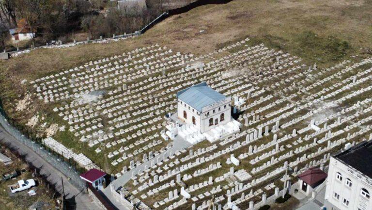 צילום אווירי של אוהל הבעש''ט לאחר השיפוץ